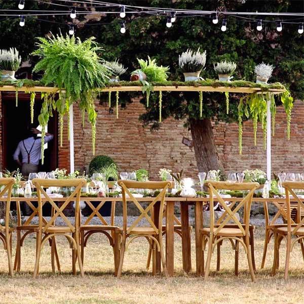 Chaise en bois crossback pour mariage Napoli