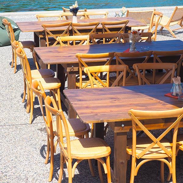 Tables Athènes et chaises Napoli
