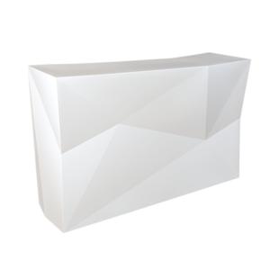 Bar design blanc à facettes